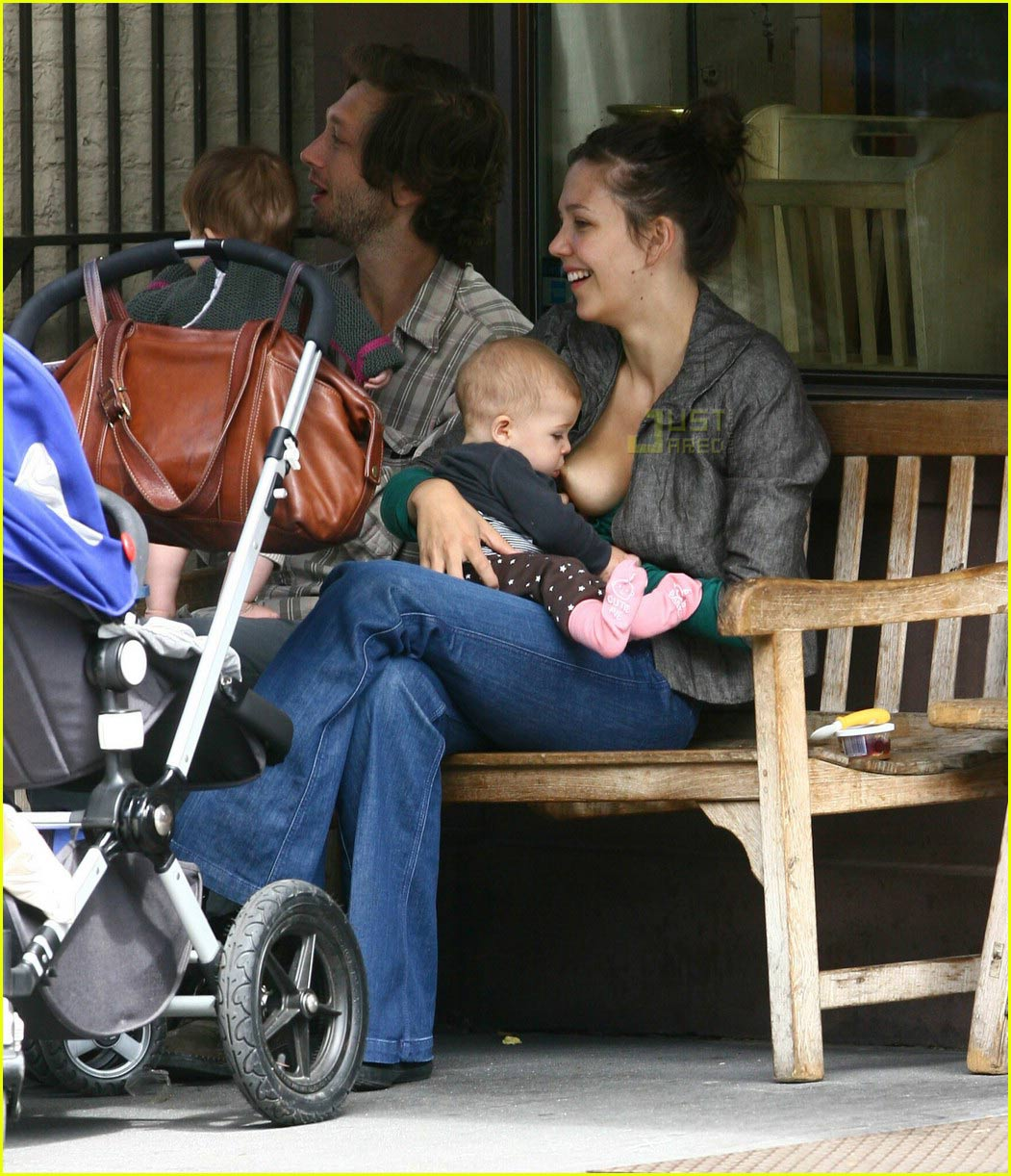 Breast size and breastfeeding. Hypoplastic